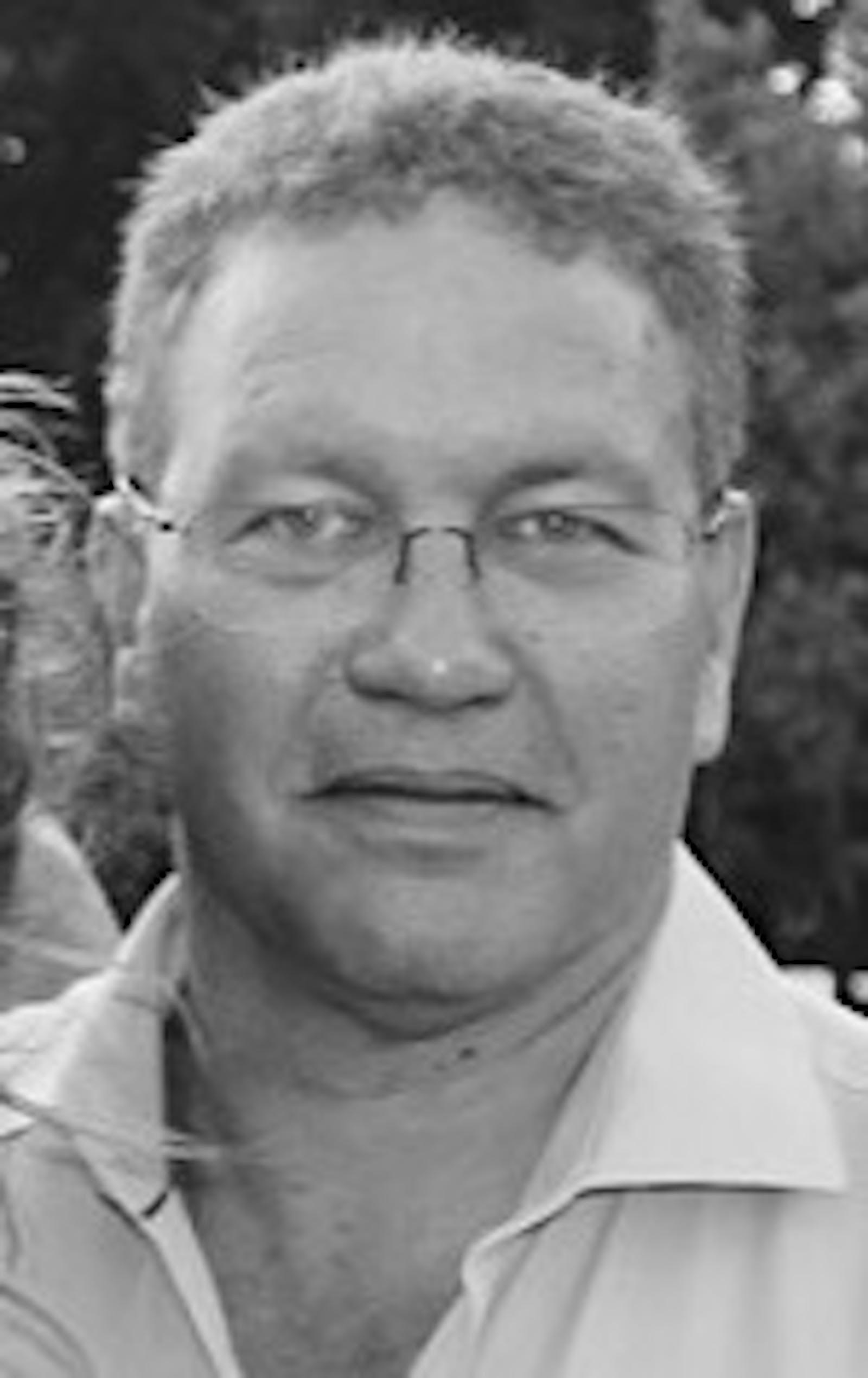Roger Charteris